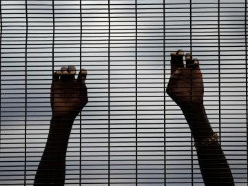 Una persona atrapada en Sudáfrica
