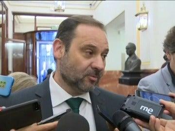 Frame 0.0 de: El PSOE exige el cese inmediato de Moix porque no es ejemplar utilizar paraísos fiscales