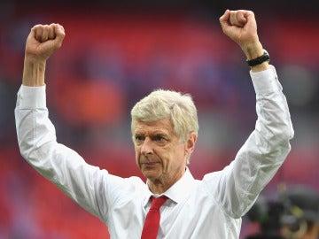 Arsene Wenger celebra una victoria del Arsenal