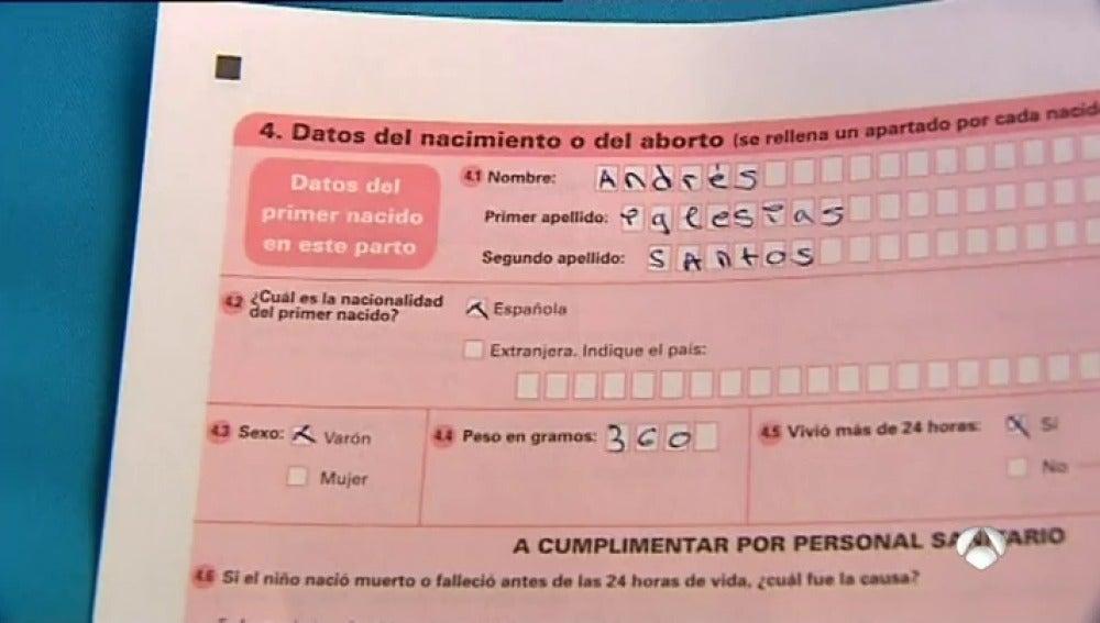 Frame 101.935238 de: El apellido del padre dejará de tener preferencia en España a partir del próximo 30 de junio