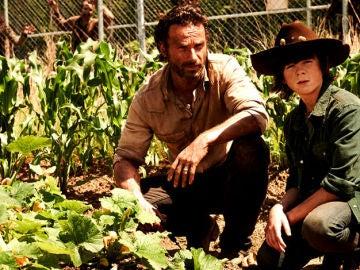 Rick y Carl en 'The Walking Dead'