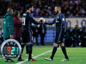 Morata entra al terreno de juego por Benzema