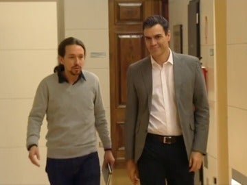 Frame 46.092107 de: El regreso de Pedro Sánchez aviva la competencia con Podemos
