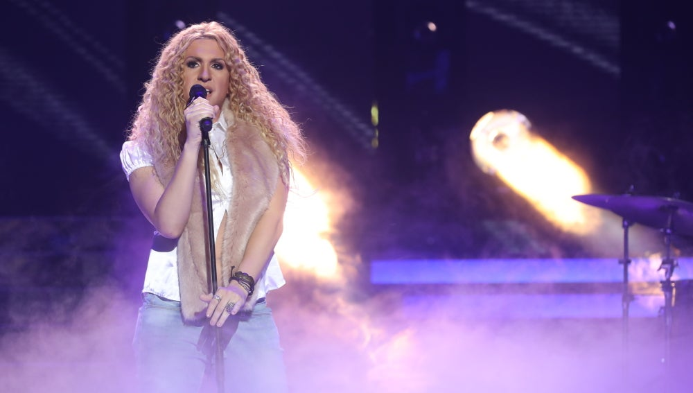 Keunam se pone romántico con 'Que me quedes tú' transformado en Shakira