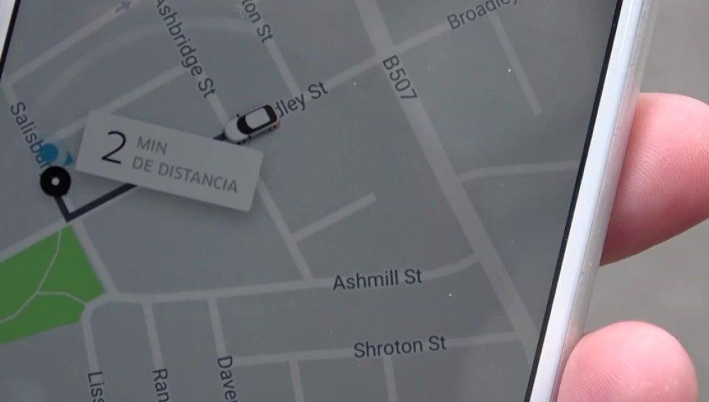 Frame 0.472987 de: Así conviven los taxis y las plataformas de alquiler de coches con conductor en otros países