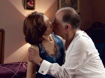 El amor de Rosalía a Félix vuelve a florecer