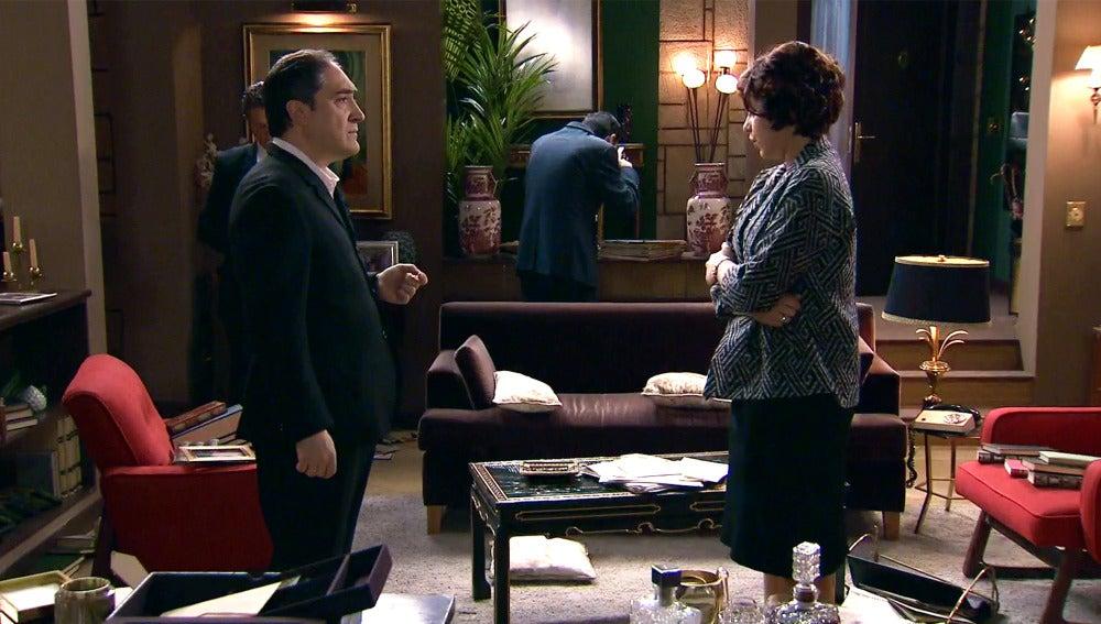Las sospechas del inspector Caldas ante uno de los estafados de Alonso