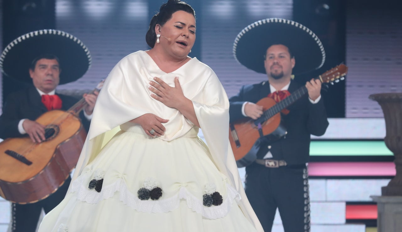 Falete se anima con una ranchera al ritmo de Lola Beltrán con 'Cucurrucucú'