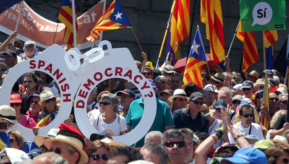 Concentración en apoyo al referéndum