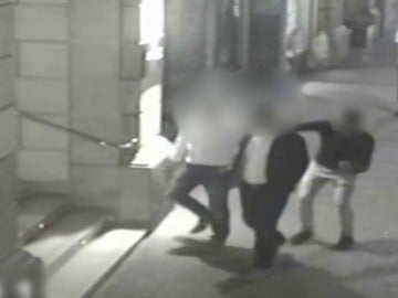 Frame 40.589854 de: Detienen a 27 ladrones multirreincidentes por robar relojes de lujo a turistas