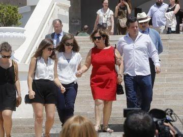 La madre de Ignacio Echeverría, el joven asesinado en los atentados de Londres, a su salida del funeral