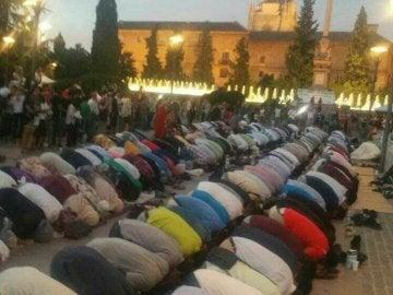 Rezo con motivo del Ramadán en Granada