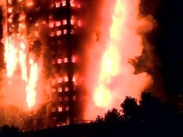 Las prioridades son el rescate y la evacuación ante un incendio en edificios de gran altura