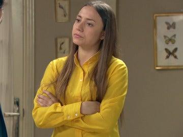 Alba defiende con furia la inocencia de Maroto ante su madre y Jaime