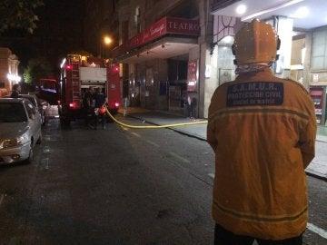 Bomberos en el incendio del Círculo de Bellas Artes