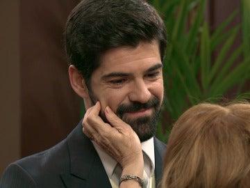 """Alonso consuela a su madre: """"A tu lado voy a estar siempre"""""""