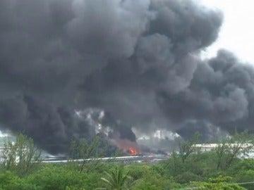Un incendio en refinería de Pemex deja nueve heridos en el sur de México