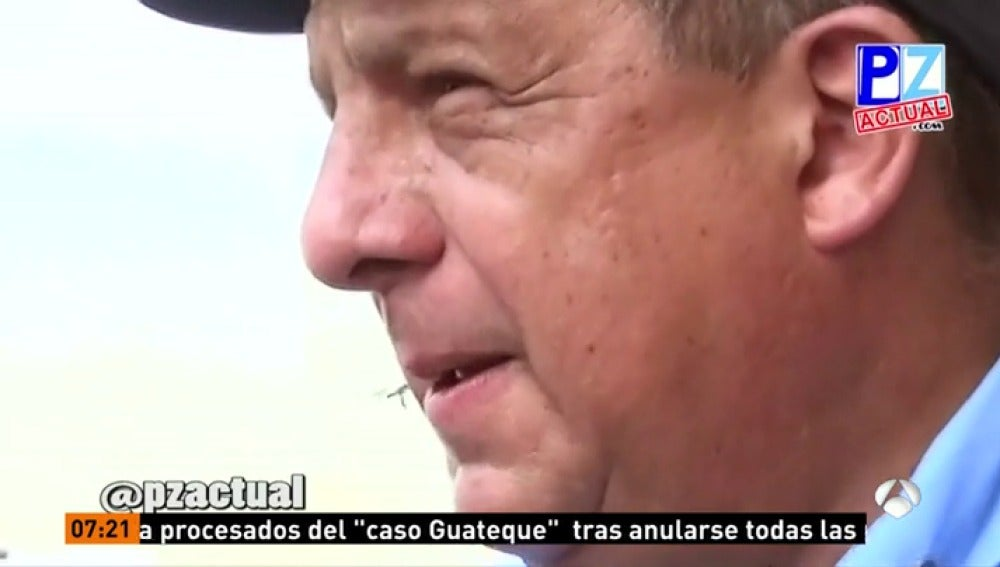El presidente de Costa Rica se traga accidentalmente una avispa