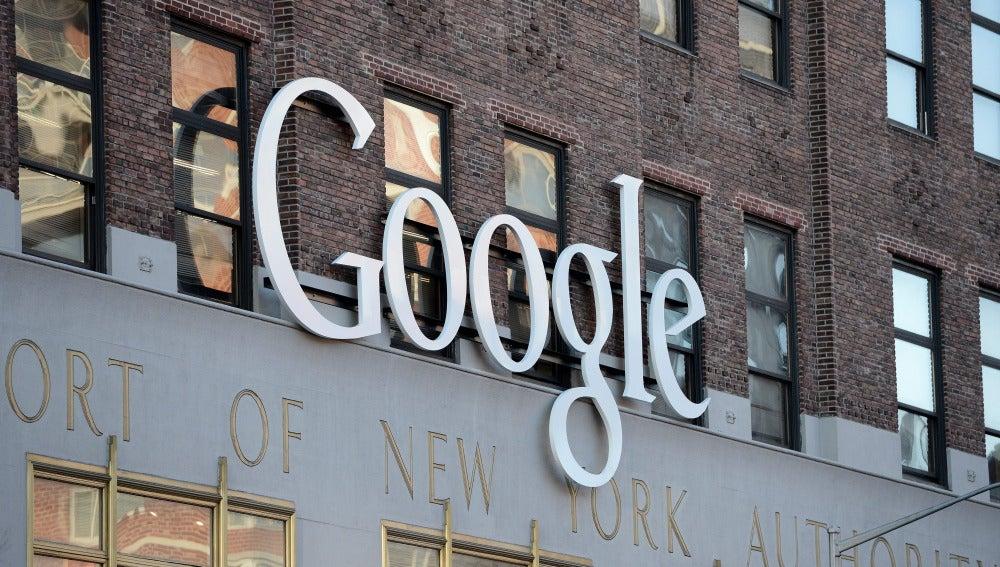 Logo de Google en la sede de Nueva York