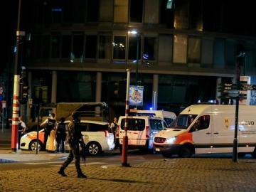 La brigada de explosivos en la Estación Central de Bruselas