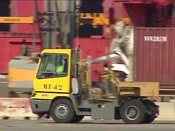 El Puerto de València recobra normalidad tras acuerdo con grandes navieras
