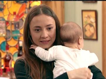 ¿Está preparada Alba para tener un bebé?