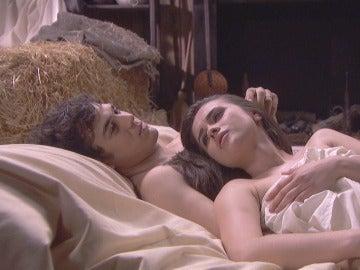 La pasión inagotable de Matías y Beatriz en su escondite secreto