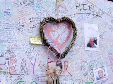 Simon Cowell lanza un single solidario con las víctimas del edificio Grenfell