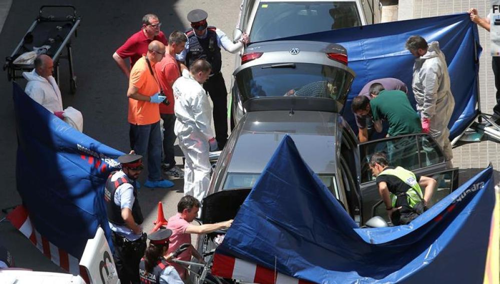 Los Mossos investigan la aparición de un cadáver en un maletero