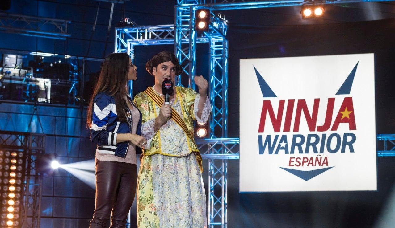 Arturo Valls se enfrenta al circuito de 'Ninja Warrior' vestido de fallera