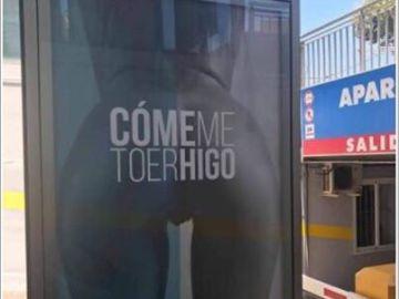 Cartel publicitario sexista en Torre del Mar