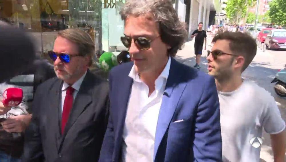 El agente de Morata y su padre acuden al Bernabéu