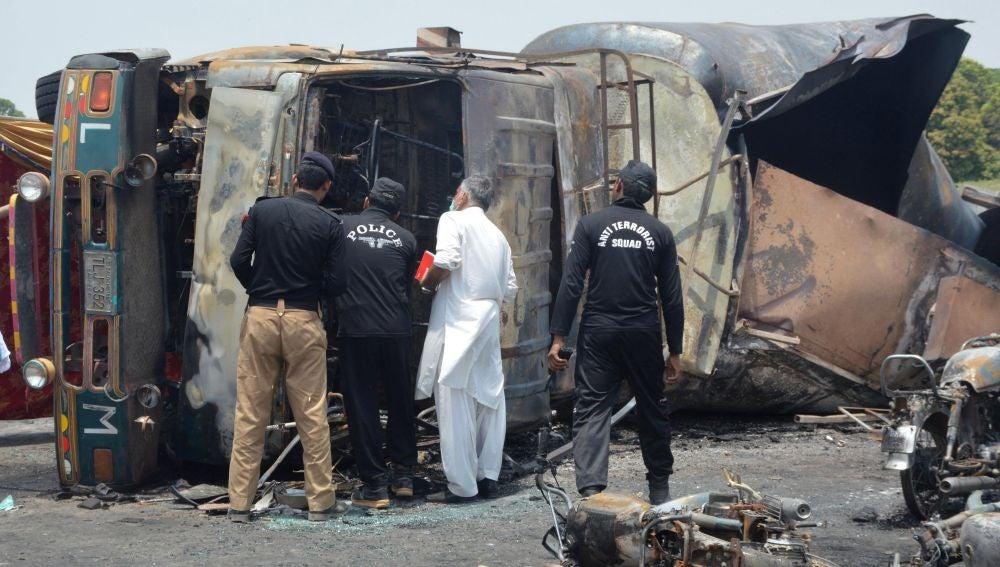 El camión tras la explosión