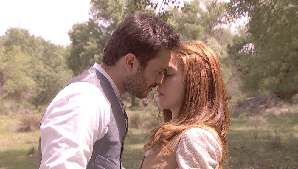 Saúl se gana un primer acercamiento con Julieta