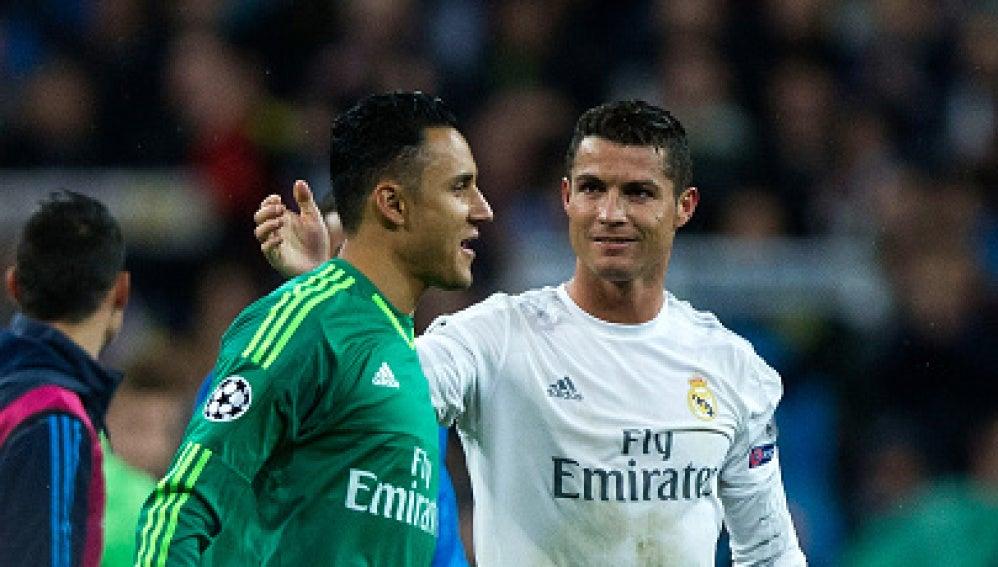 Keylor Navas y Cristiano Ronaldo, en un partido del Real Madrid