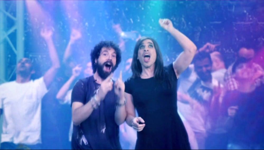 Juan y Damiana te muestran cómo sobrevivir los conciertos sin romper con tu pareja