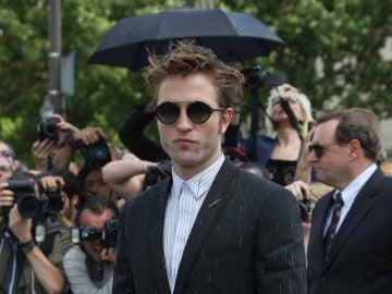 Robert Pattinson en el desfile de Dior