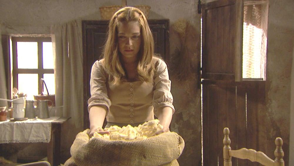 Julieta recibe una inesperada visita en la intimidad de su casa