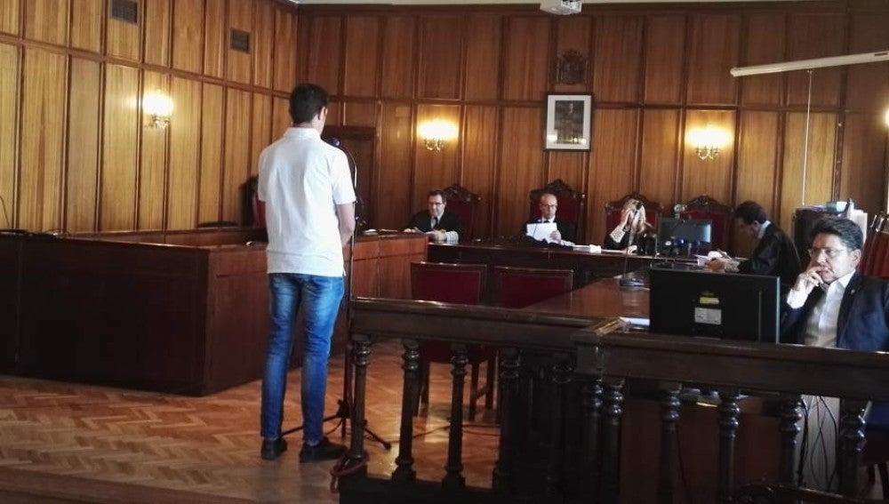 El acusado declara durante el juicio