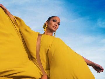 Jennifer Lopez en el videoclip de 'Ni Tú Ni Yo'