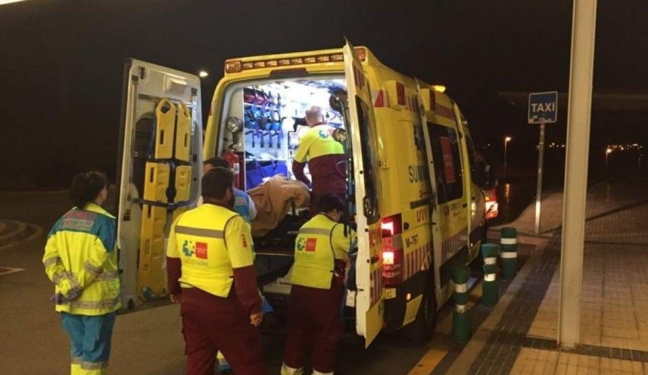 Una ambulancia del Summa en el Hospital Puerta de Hierro