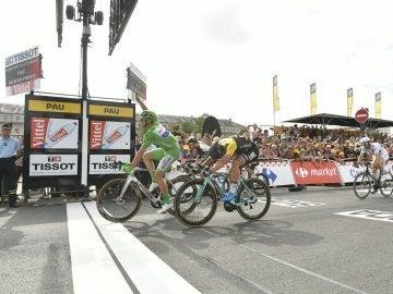 Kittel celebra su victoria en la undécima etapa del Tour de Francia