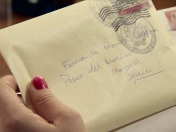 Unas misteriosas cartas desconciertan a Marta Novoa