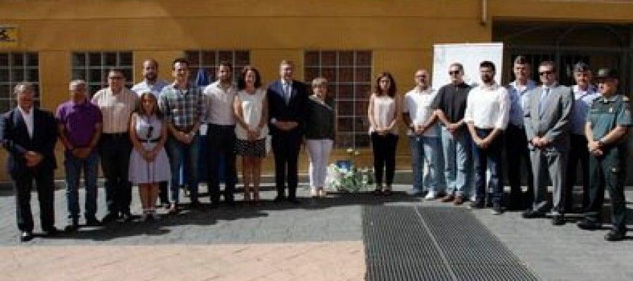 Antena 3 tv aparece quemado el altar de homenaje a for Oficinas getafe cf