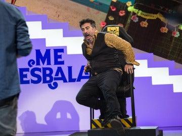 Agustín Jiménez no consigue evitar los calambrazos de las palabras corrientes