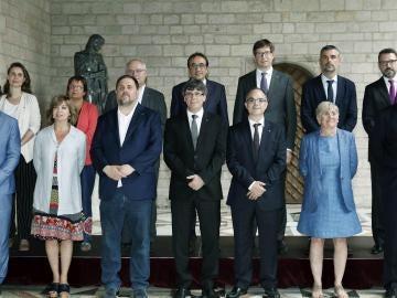 Puigdemont se fotografía con su nuevo equipo