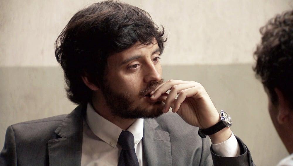 Rafael confiesa a Jaime su romance con Marta en el pasado