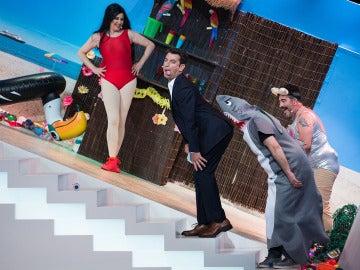 La Terremoto de Alcorcón se convierte en una sensual 'Plim Kardashian' en el Teatro de pendiente