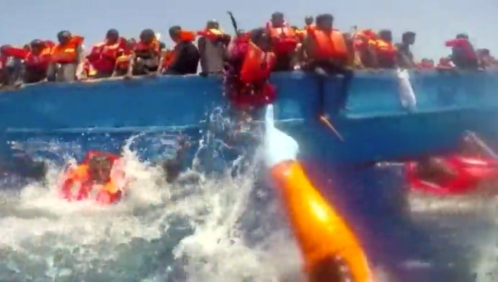 Más de 4.000 emigrantes rescatados en el Mediterráneo en 24 horas