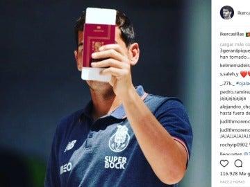 Gerard Piqué responde a la foto subida por Iker Casillas
